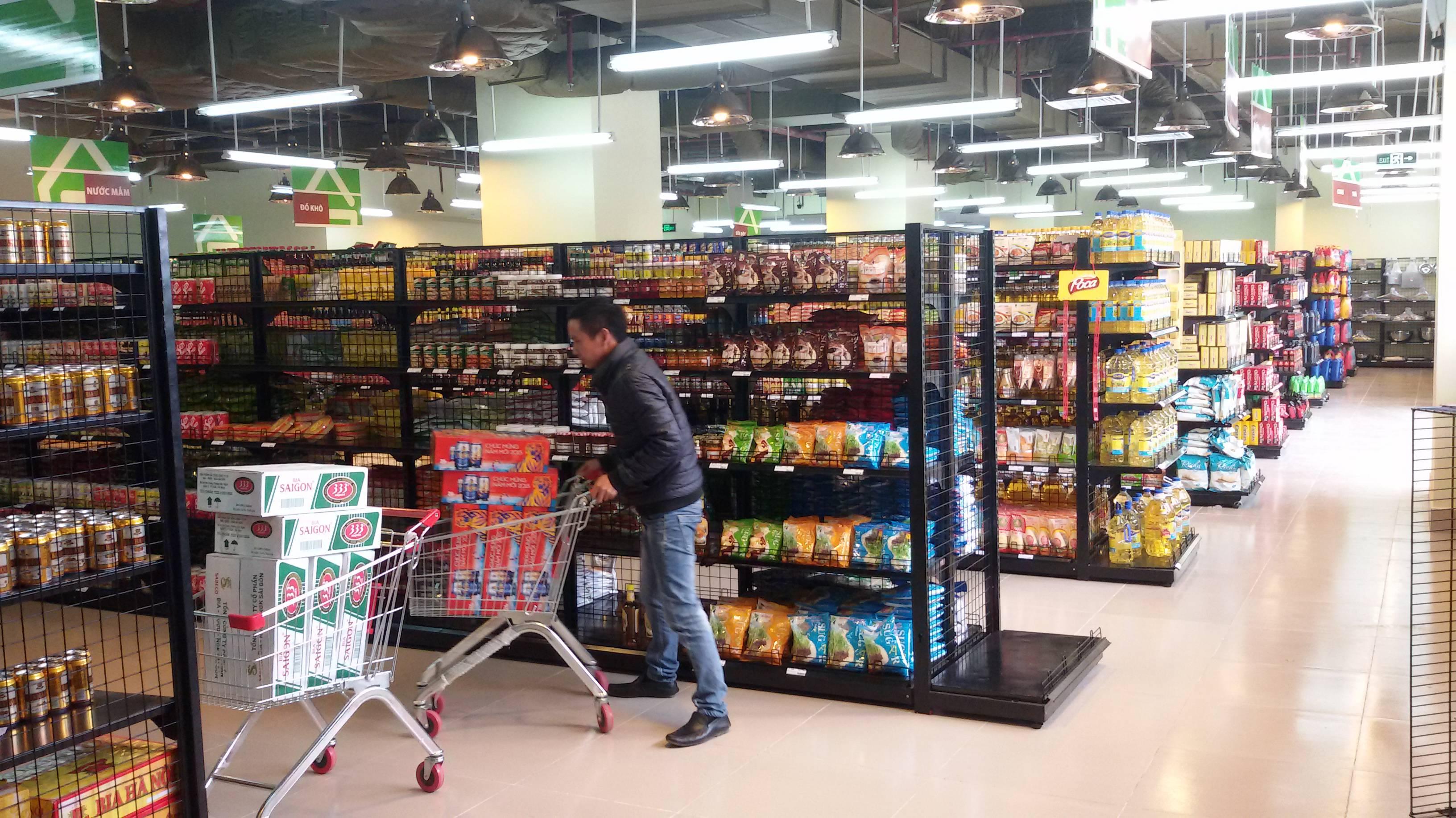 Lựa chọn giá kệ cho siêu thị mini mặt bằng nhỏ