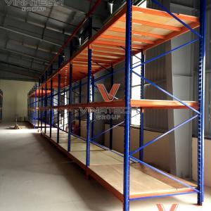 Kệ trung tải Vinatech để hàng 200-800kg/tầng