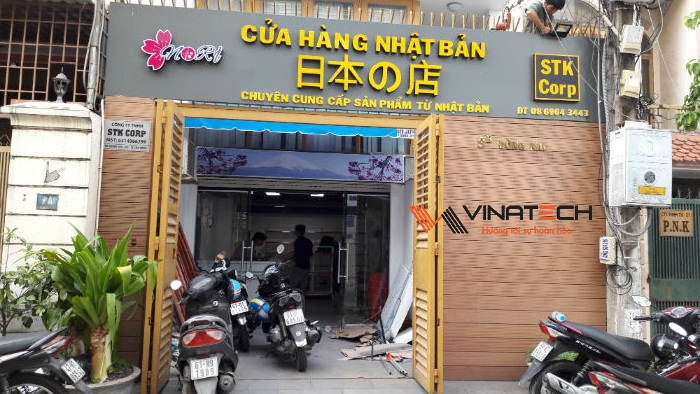 Lắp đặt giá kệ bán hàng cho anh Vinh tại Đồng Nai
