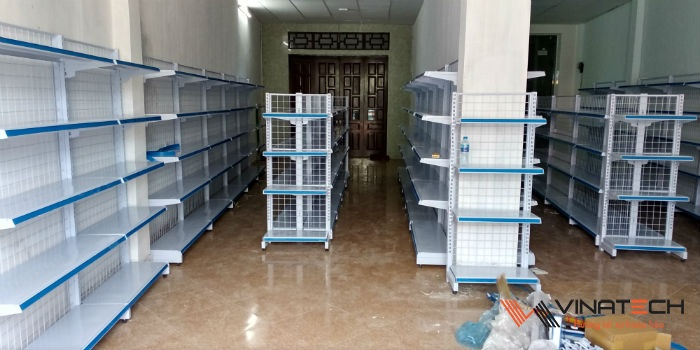 Lắp đặt cửa hàng tạp hóa cho anh Hưng tại Hải Hậu, Nam Định