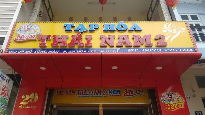 Lắp đặt giá kệ cho cửa hàng tạp hóa của anh Nam tại SaĐec - Đồng Tháp