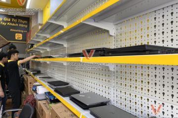 Vinatech lắp đặt kệ để máy tính cho KhóaVàng VN