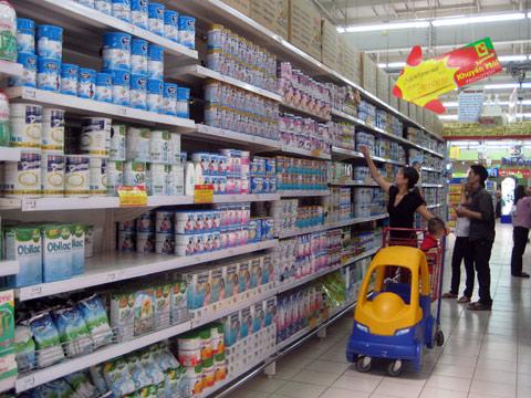 Chọn giá kệ siêu thị cho cửa hàng sữa
