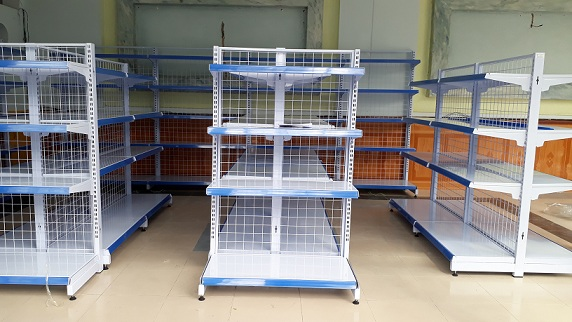 Lắp đặt quầy kệ siêu thị cho anh Linh tại Thủ Đức