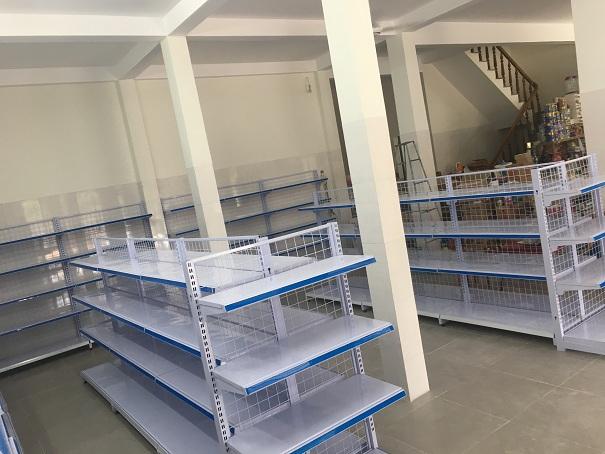 Hoàn thiện lắp đặt giá kệ thông minh cho siêu thị cô Dung, Phú Ninh, Quảng Nam