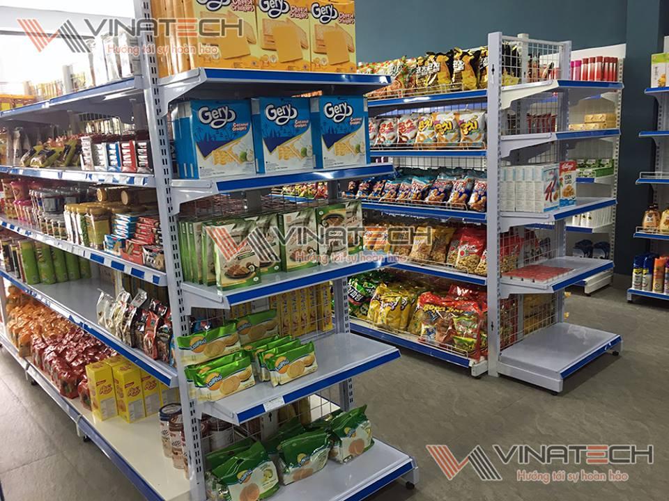 Cửa hàng tạp hóa mở dịp cận tết sẽ có những yêu cầu nhất định
