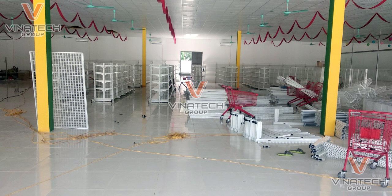 Không gian lưu trữ hàng hóa rộng rãi, thông thoáng