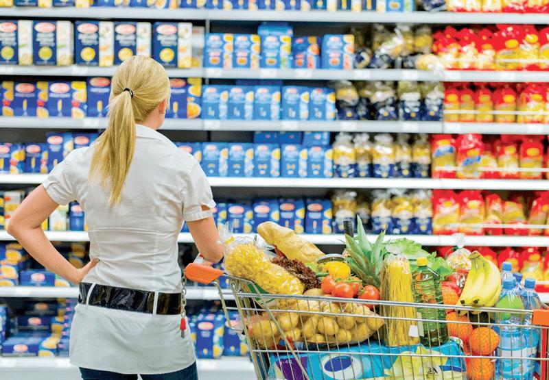 Kệ bán hàng siêu thị giúp trưng bày được nhiều sản phẩm