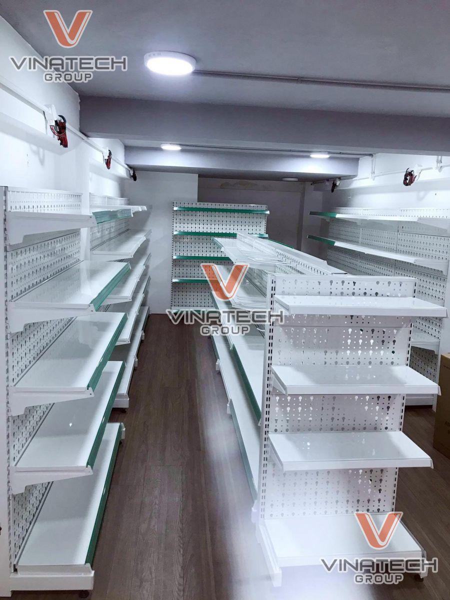 Hình ảnh lắp kệ sắt siêu thị tại Hà Nội 1