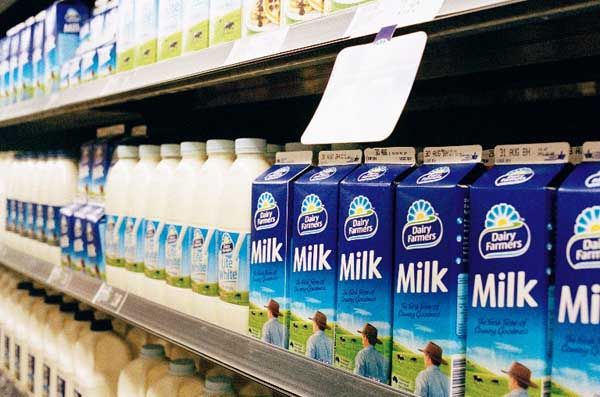 Giá kệ siêu thị trưng bày hàng sữa cao cấp với giá cả cực TỐT