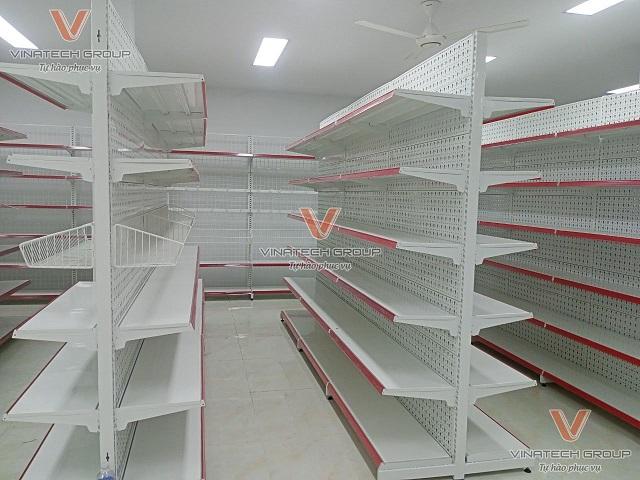Giá kệ siêu thị tại Hậu Giang