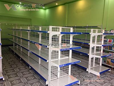 Kệ siêu thị vinatech lắp đặt cho anh Nguyễn tại Phước Long, Bạc Liêu