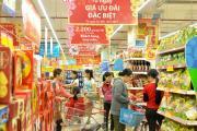 Sử dụng kệ siêu thị trưng bày hàng hóa dịp Tết