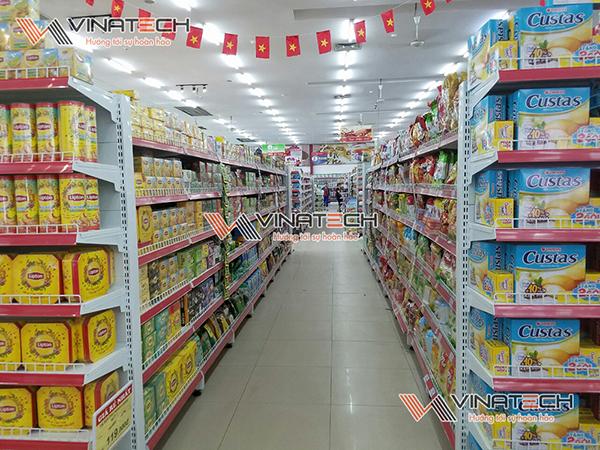 Kệ siêu thị lắp đặt tại siêu thị Lan Chi, Chúc Sơn, Hà Nội