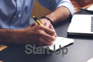 Khởi nghiệp là gì? Những câu chuyện & lời khuyên khi khởi nghiệp