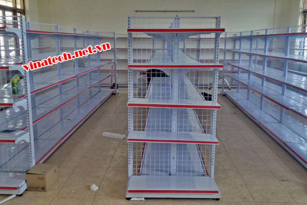 Lắp đặt kệ siêu thị tại Trường cao đẳng thương mại và du lịch Dải Dương