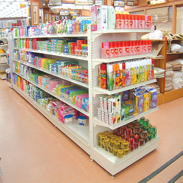 Lợi thế của nhà sản xuất giá kệ siêu thị