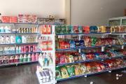 5 lưu ý khi chọn giá kệ để hàng trưng bày bánh kẹo