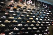 Kinh nghiệm mở shop giày dép hiệu quả bán hàng thành công
