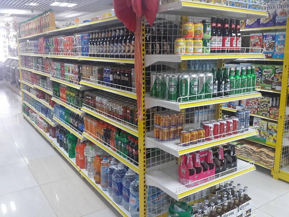 Mua giá kệ siêu thị cho cửa hàng cần chú ý những gì?