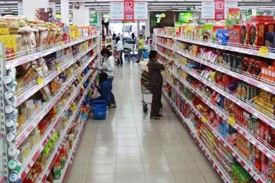 6 nguyên tắc bày hàng trên giá kệ siêu thị hiệu quả nhất
