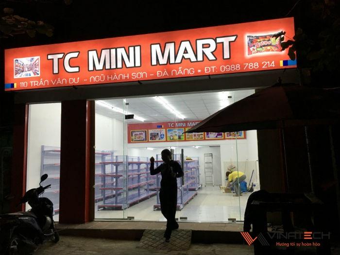 Lắp đặt giá kệ bán hàng siêu thị cho chị Thiên tại Đà Nẵng