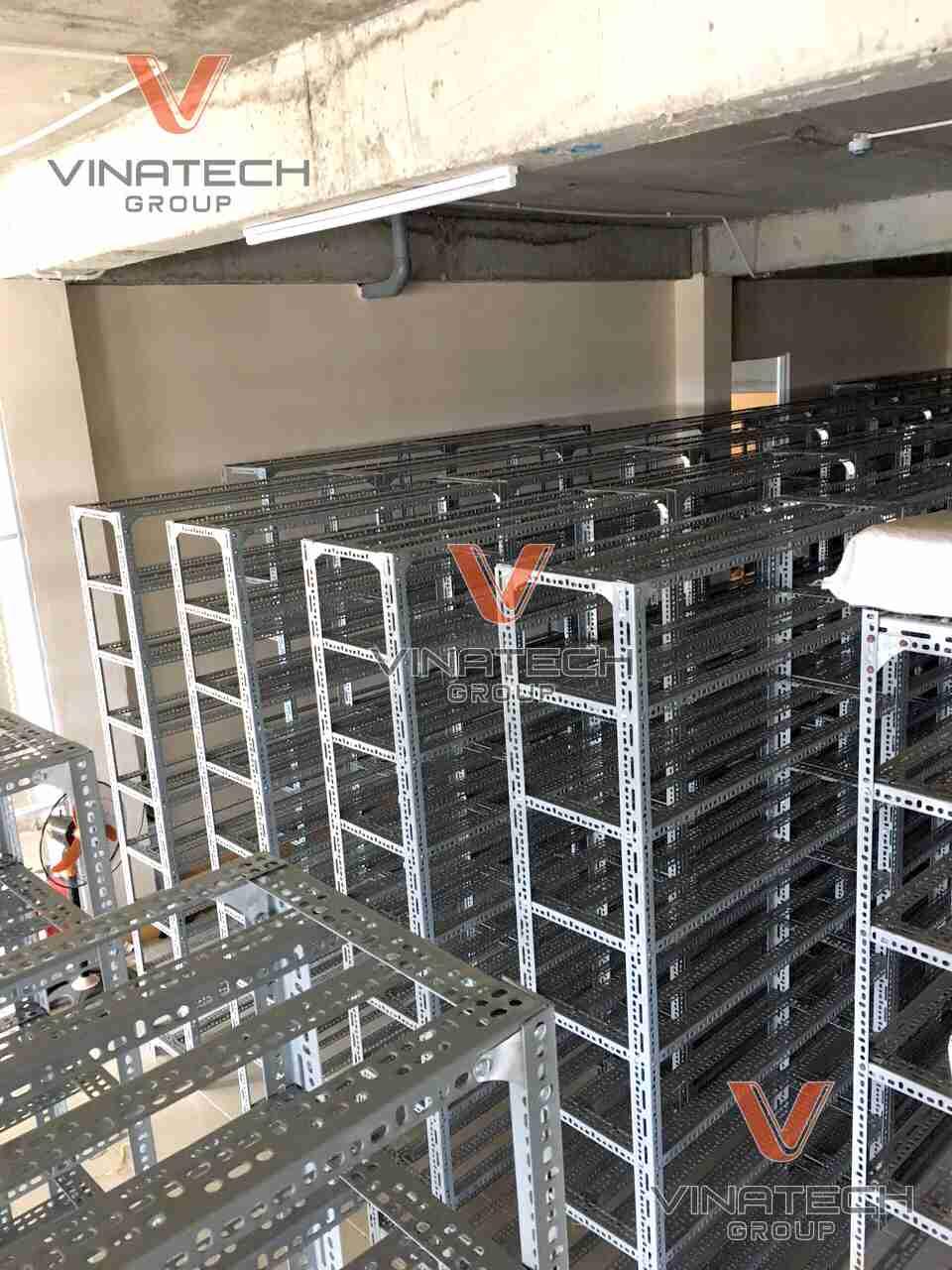 Vinatech cung cấp kệ sắt lắp ráp tphcm uy tín chất lượng